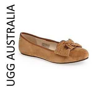 UGG ALLOWAY STUD-BOW SUEDE FLAT